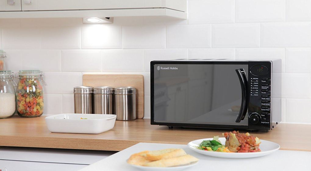 5 Commercial Microwaves to Save Precious Time in Busy Kitchens