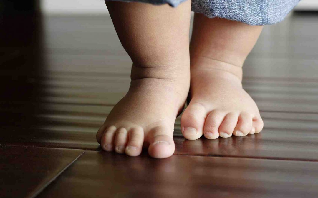 Flat-Feet In Children – Problems, Causes & Treatment