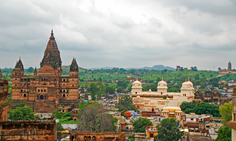 Visit the famous places of Madhya Pradesh