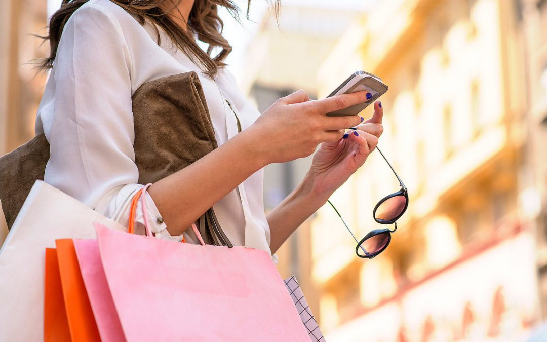 Want To Win Your Customers With An E-Commerce Mobile App? Add These 5 Features Now