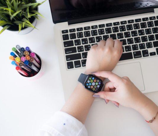 Smart-Watch-TheForbiz
