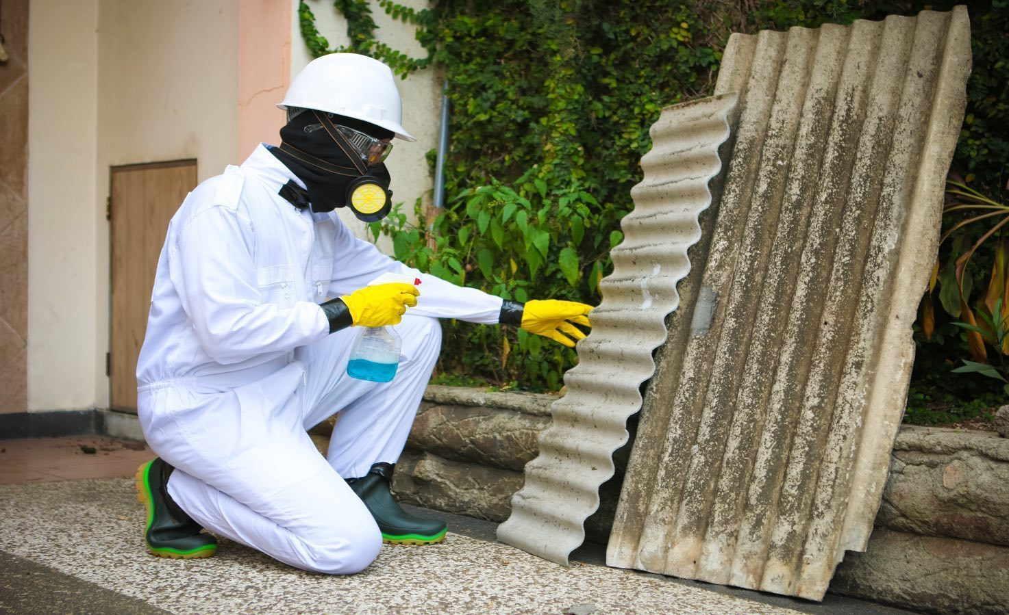 4 Important Things to Know about Asbestos Testing and Removal | TheForbiz