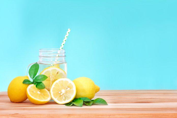 Water and Lemon Theforbiz