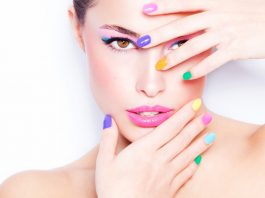 Best Trends in Colored Manicure